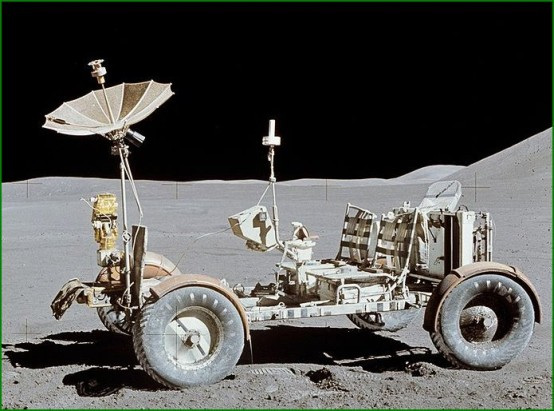Le Lunar Rover Vehicle (LRV)