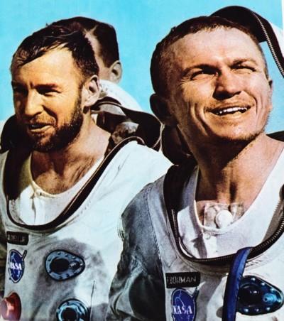 Lovell et Borman à leur retourdu vol record de Gemini 7